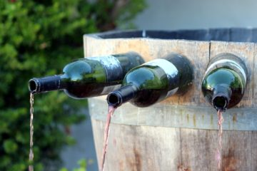 Free wine fountain in Italy